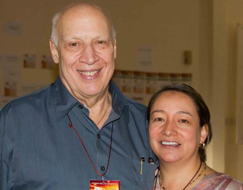Teresa Olave con Gilbert Brenson